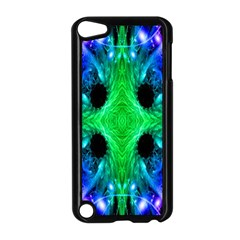 Alien Snowflake Apple iPod Touch 5 Case (Black)