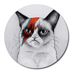 Grumpy Bowie 8  Mouse Pad (round)