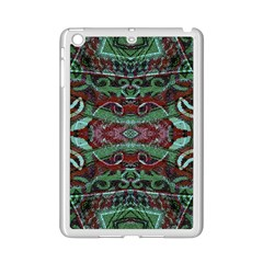 Tribal Ornament Pattern in Red and Green Colors Apple iPad Mini 2 Case (White)