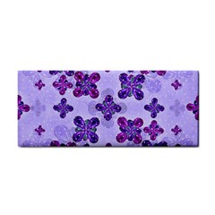Deluxe Ornate Pattern Design In Blue And Fuchsia Colors Hand Towel