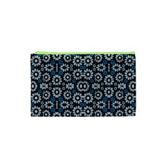 Floral Print Seamless Pattern in Cold Tones  Cosmetic Bag (XS)