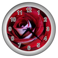 Red Rose Center Wall Clock (silver)