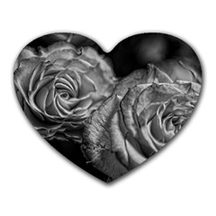 Black And White Tea Roses Mouse Pad (heart)
