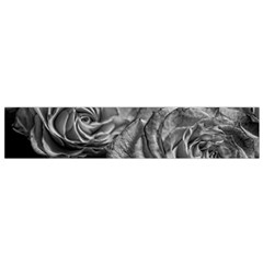 Black and White Tea Roses Flano Scarf (Small)