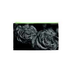 Black and White Tea Roses Cosmetic Bag (XS)