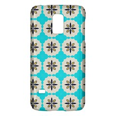 Floral pattern on a blue background Samsung Galaxy S5 Mini Hardshell Case