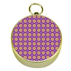 Purple Decorative Quatrefoil Gold Compass