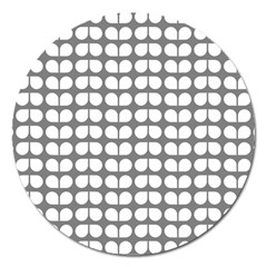 Gray And White Leaf Pattern Magnet 5  (round)