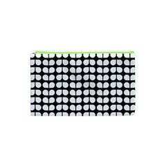 Black And White Leaf Pattern Cosmetic Bag (xs)