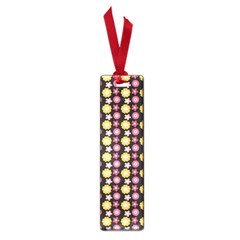 Cute Floral Pattern Small Bookmark