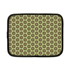 Cute Pretty Elegant Pattern Netbook Sleeve (small)