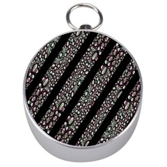 Organic Texture Stripe Pattern Silver Compass