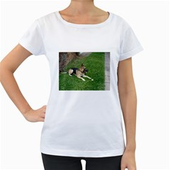 3 German Shepherd Laying Women s Loose-Fit T-Shirt (White)