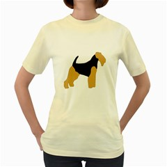 Welsh Terrier Silo Color Women s T-shirt (Yellow)