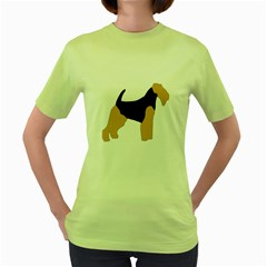 Welsh Terrier Silo Color Women s T-shirt (Green)
