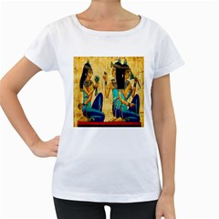 Egyptian Queens Women s Loose Fit T Shirt (white)