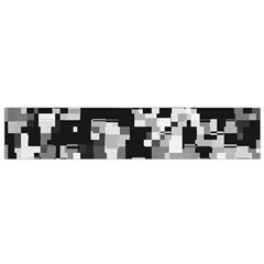 Background Noise In Black & White Flano Scarf (Small)