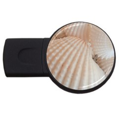 Sunny White Seashells 4GB USB Flash Drive (Round)