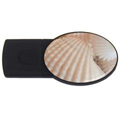 Sunny White Seashells 4GB USB Flash Drive (Oval)