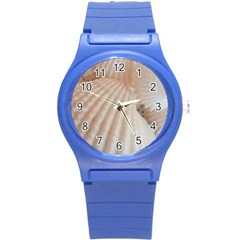 Sunny White Seashells Plastic Sport Watch (Small)