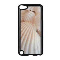 Sunny White Seashells Apple iPod Touch 5 Case (Black)