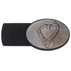 Heart In The Sand 4gb Usb Flash Drive (oval)