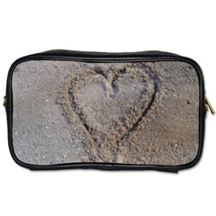 Heart in the sand Travel Toiletry Bag (One Side)