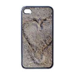 Heart in the sand Apple iPhone 4 Case (Black)