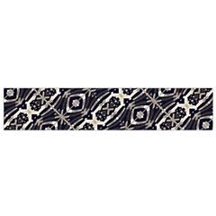 Retro Decorative Pattern Flano Scarf (Small)