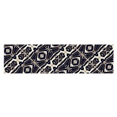 Retro Decorative Pattern Satin Scarf (oblong)