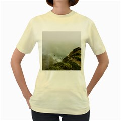 Untitled2 Women s T Shirt (yellow)