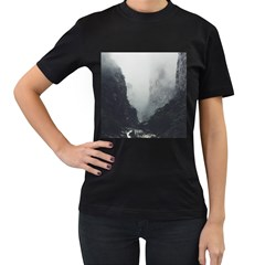 Unt3 Women s Two Sided T Shirt (black)