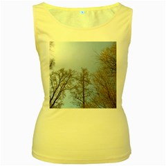 Large Trees In Sky Women s Tank Top (yellow)