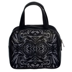 Trippy Black&white Abstract  Classic Handbag (two Sides)