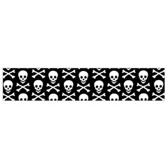 Skull and Crossbones Pattern Flano Scarf (Small)