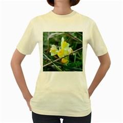 Linaria Women s T-shirt (Yellow)