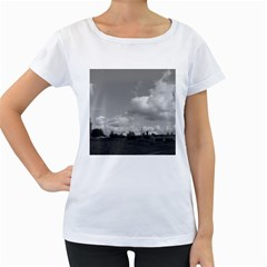 Abandoned Women s Loose-Fit T-Shirt (White)