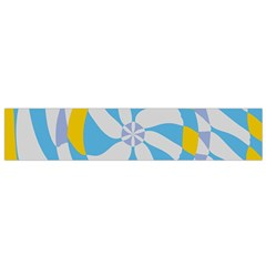 Abstract Flower In Concentric Circles Flano Scarf