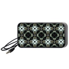 Faux Animal Print Pattern Portable Speaker (black)