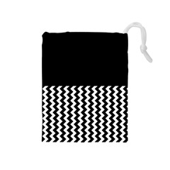 Blackandwhitechevron6000 Drawstring Pouches (Medium)