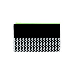 Blackandwhitechevron6000 Cosmetic Bag (xs)