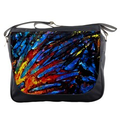 The Looking Glas Messenger Bags