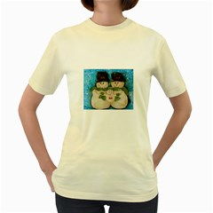 Snowman Family Women s Yellow T Shirt