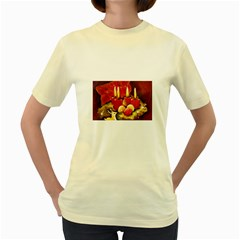Holiday Candles  Women s Yellow T-Shirt