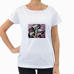 Gala Lilies Women s Loose-Fit T-Shirt (White)
