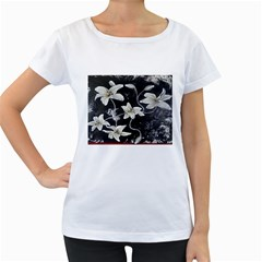 Black And White Lilies Women s Loose Fit T Shirt (white)