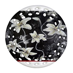 Black And White Lilies Round Filigree Ornament (2side)
