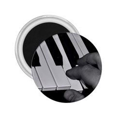 The Piano Player 2 25  Magnets