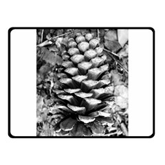 Pinecone Spiral Fleece Blanket (Small)