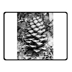 Pinecone Spiral Double Sided Fleece Blanket (small)